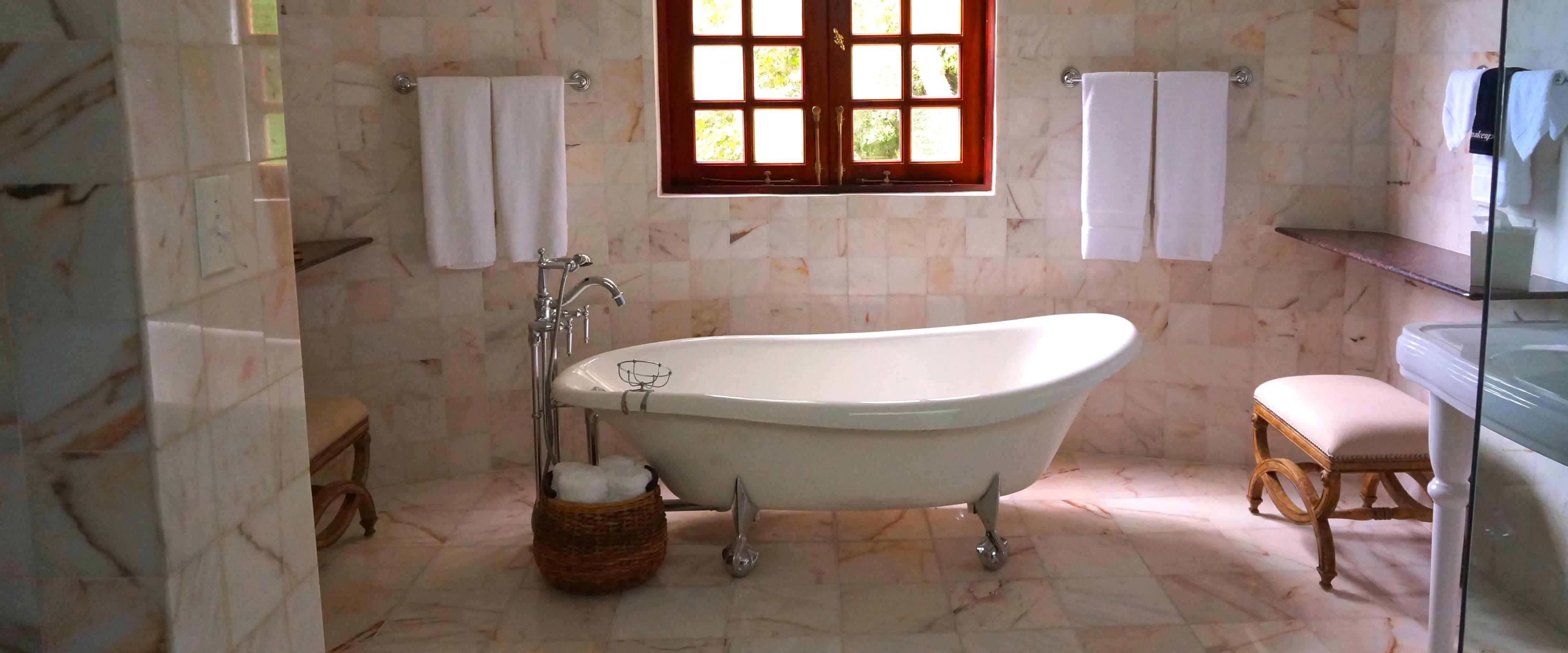 http://www.bathtubdoctor.com/wp-content/uploads/2017/01/3.jpg